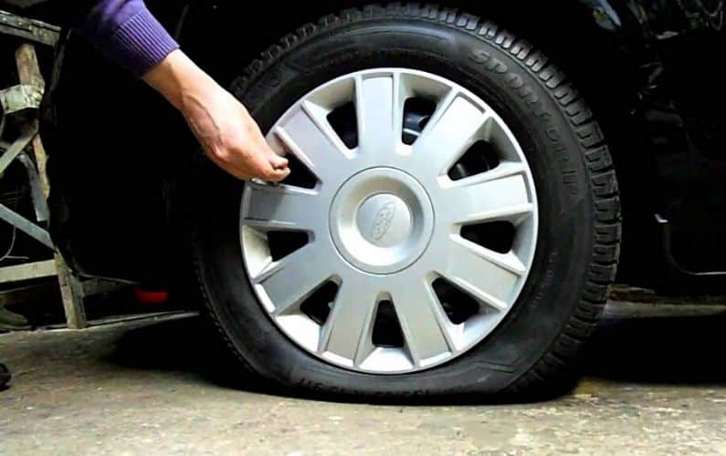 How to let air out of tires - Feature Image