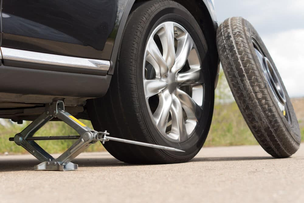 How to put on a spare tire - 3