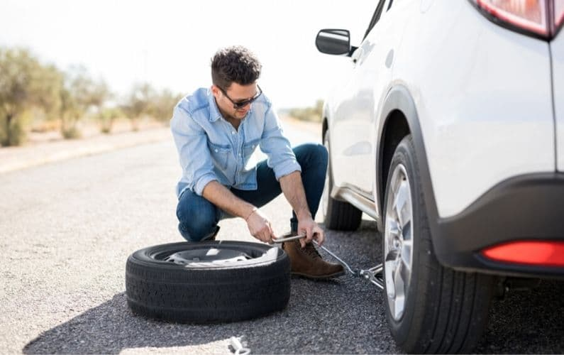 How to put on a spare tire - Feature Image