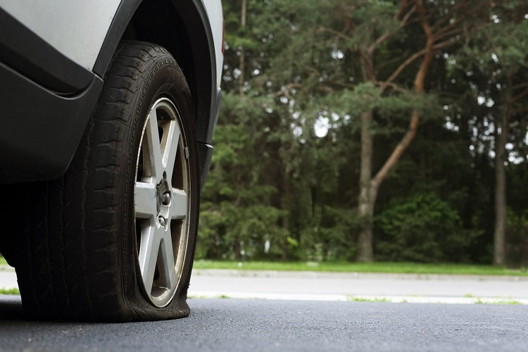 What to do if you have a flat tire and no spare