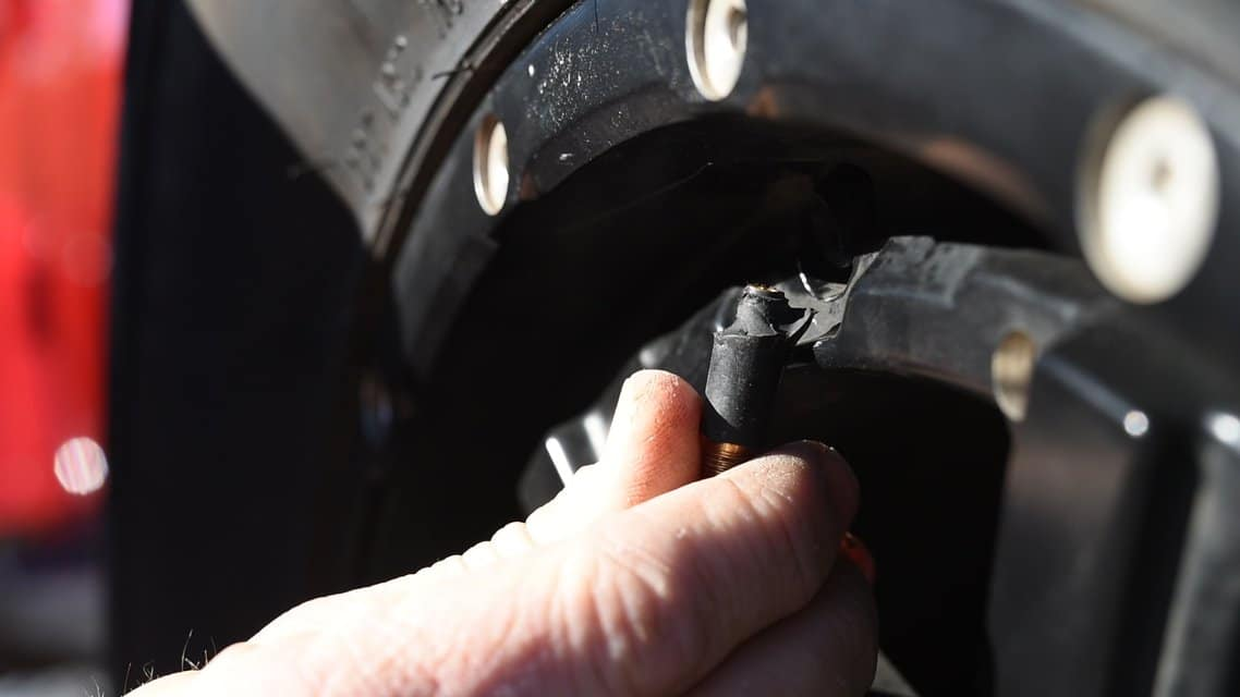 What to do if you have a flat tire and no spare - 2