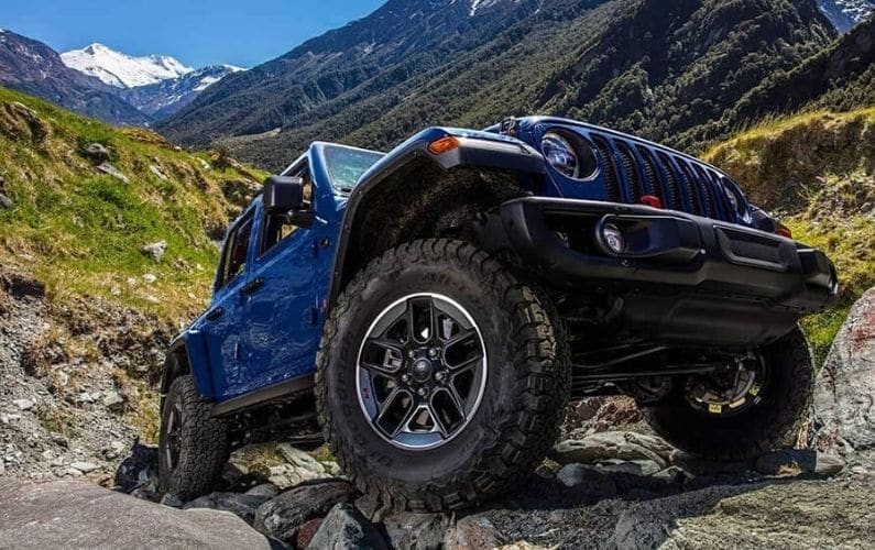 How Much Does a Jeep Wrangler Weigh - Feature Image